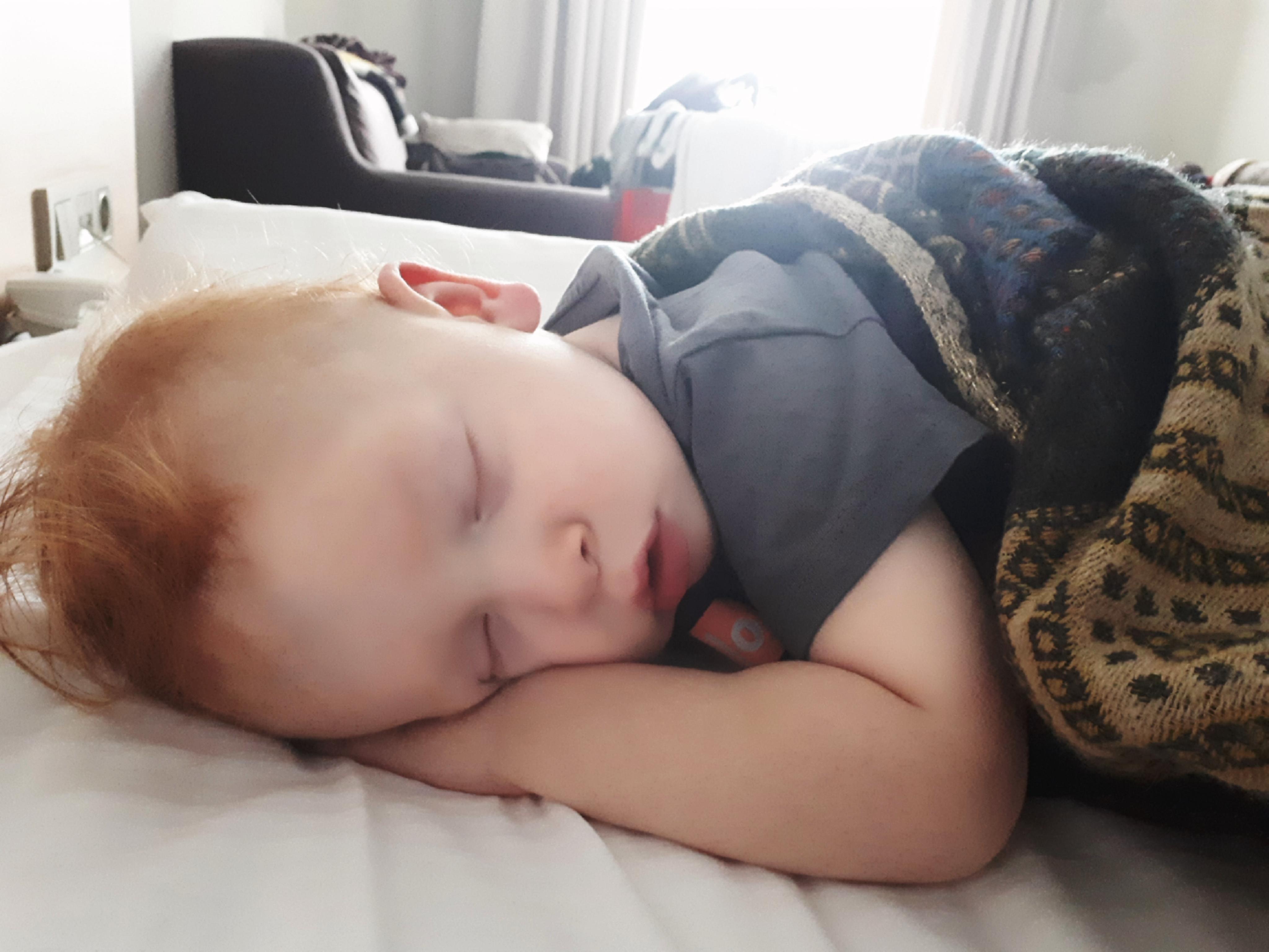 jak pomóc dziecku zasnąć