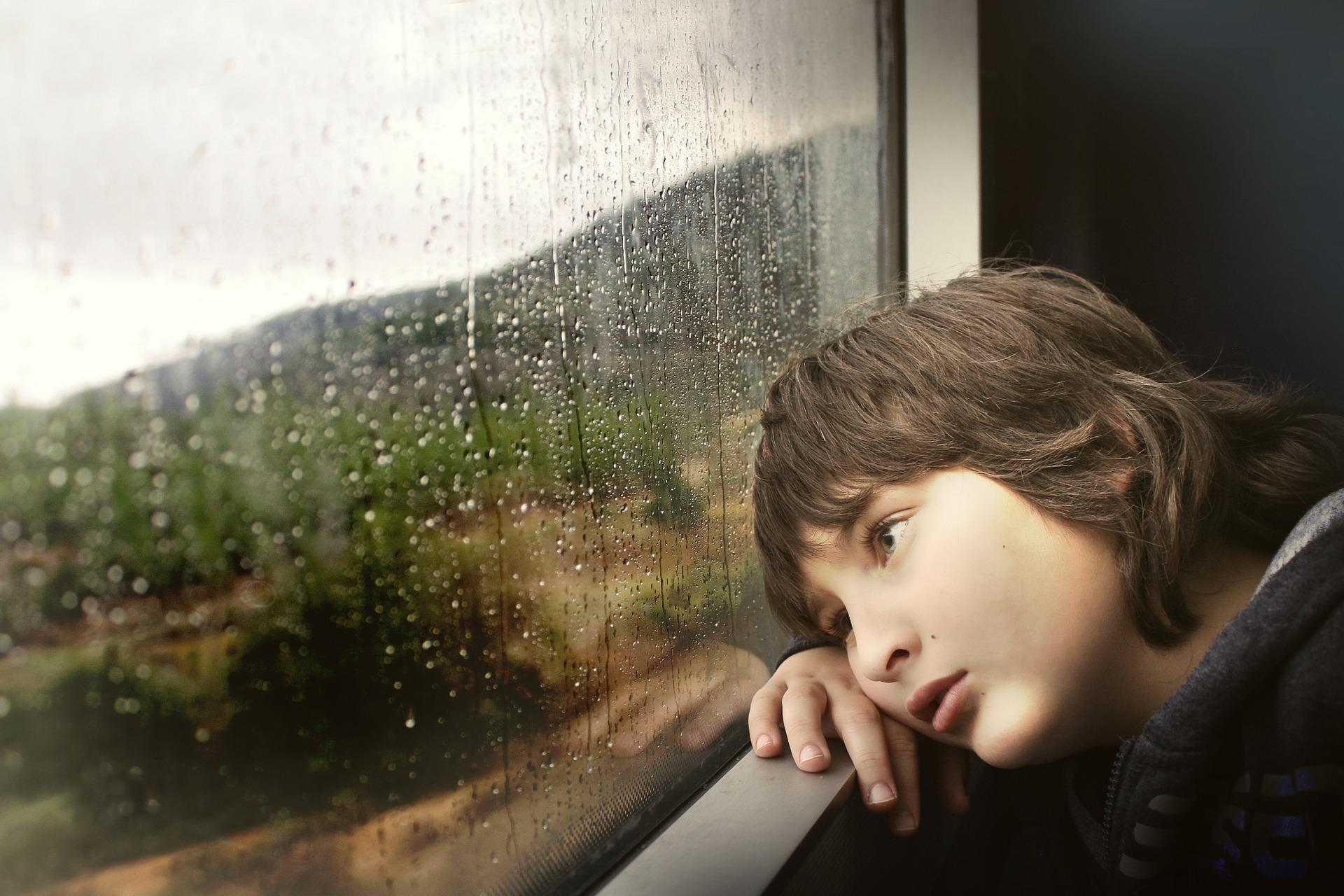 Jak pomóc dzieciom przetrwać kwarantannę